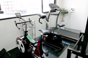 広島中区キックボクシングジム HADES WORK OUT GYM(ハーデスワークアウトジム) 広島市キックボクシングジム「ハーデス」ランニングマシン