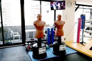 広島中区キックボクシングジム HADES WORK OUT GYM(ハーデスワークアウトジム) 広島市キックボクシングジム「ハーデス」人型ダミーサンドバッグ