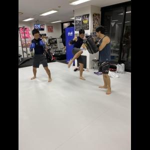 広島中区キックボクシングジム HADES WORK OUT GYM(ハーデスワークアウトジム) 最新情報:2019/11/15「広島キックボクシングハーデスジム体験」